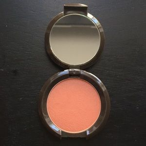 Brand New Becca Mineral Blush in Songbird!
